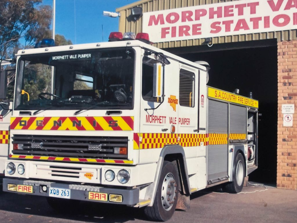 Morphett Vale CFS Dennis Pumper